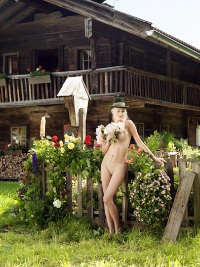 UDO TITZ / ADVERTISING / JUNGBAUERN-KALENDER M / 5