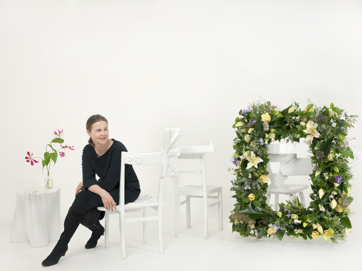 UDO TITZ / EDITORIALS / FLOWERS / Karin Avanzini