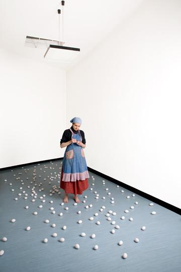 UDO TITZ / PORTRAITS / VIENNA INSURANCE ARTISTS 1 / ANNA HULACOVA